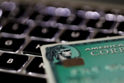 American Express reports fourth-quarter profit