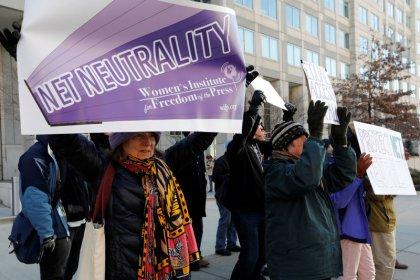U.S. appeals court will not delay net neutrality case