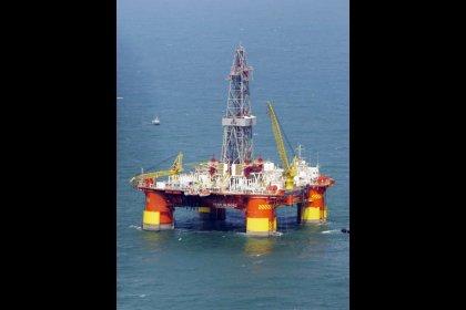 محللون: أمريكا قد تخفض عدد الاستثناءات من عقوبات إيران النفطية في مايو