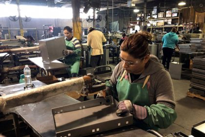 N.Y. Fed raises U.S. first-quarter GDP view near 2.2 percent