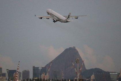 Demanda por voos domésticos no Brasil sobe 4% em dezembro e atinge maior nível em 4 anos