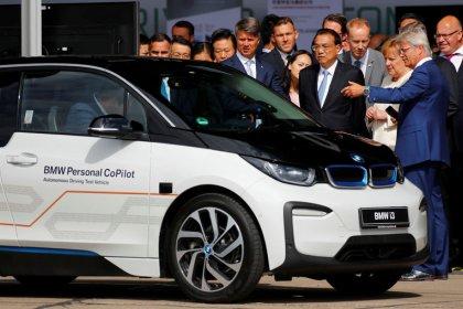 Magazin - Autoindustrie plant Bündnis zum autonomen Fahren