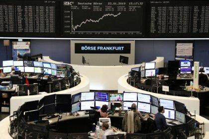 أسهم أوروبا تراوح مكانها وسط نتائج ضعيفة تزيد القلق بشأن تباطؤ النمو العالمي
