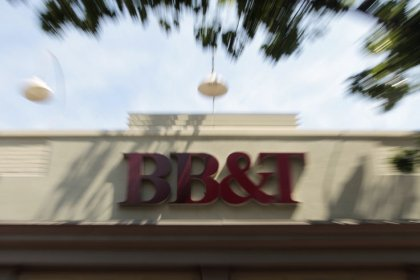 BB&T to buy SunTrust in biggest U.S. bank deal in a decade