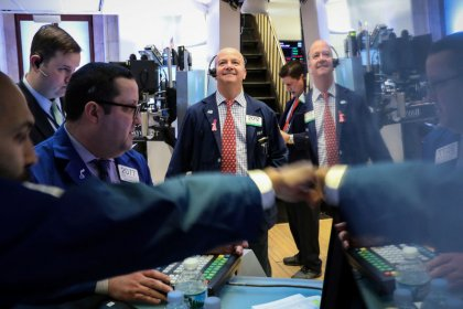 World stocks edge higher ahead of trade talks, Brexit