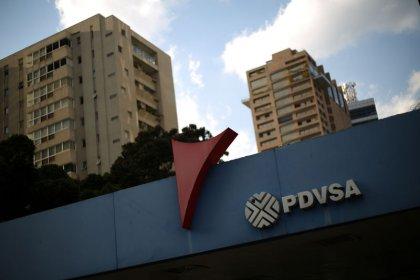 Venezuela pressures foreign partners on oil venture commitments: sources