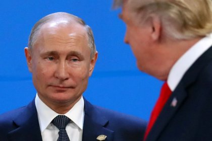 U.S. senators to try again to pass Russia sanctions bill