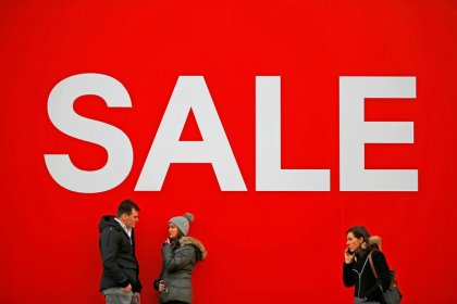 UK retail sales bounce as shoppers flock to January sales