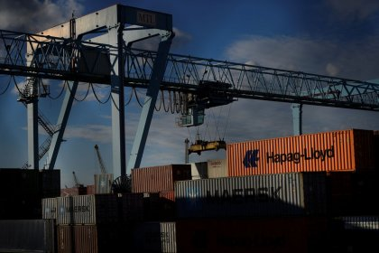 Irish goods exports hit record level as reliance on Britain falls