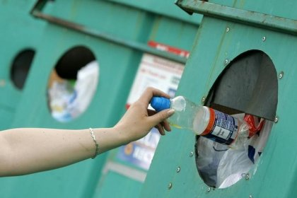 UK plans to make plastic packaging producers pay for waste disposal
