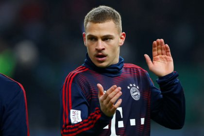 Liverpool favourites against inconsistent Bayern, says Kimmich