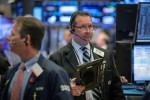 Wall Street ekes out gains on upbeat Walmart results