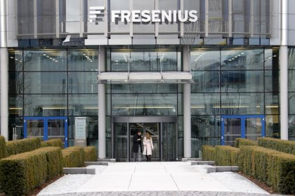 U.S. approves Fresenius purchase of NxStage