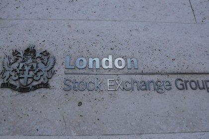 Les Bourses européennes hésitent face à des signaux contrastés