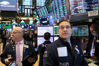 Wall St. Week Ahead: May be time for growth to run out of gas