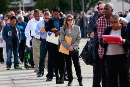 Economia dos EUA cria apenas 20 mil vagas de trabalho em fevereiro