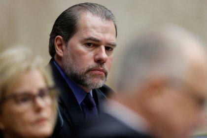 Toffoli abre inquérito para investigar fake news, ameaças e calúnias contra ministros do STF
