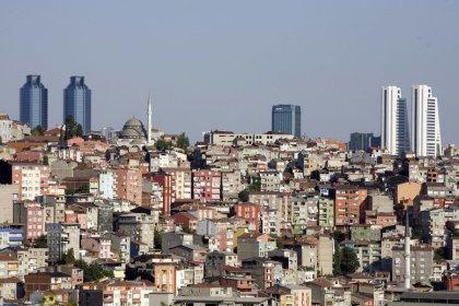 Turkish unemployment surges to 13.5 percent, highest in nine years
