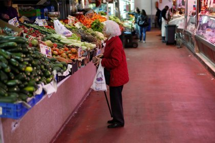 Euro zone inflation confirmed at 1.5 percent year-on-year in February