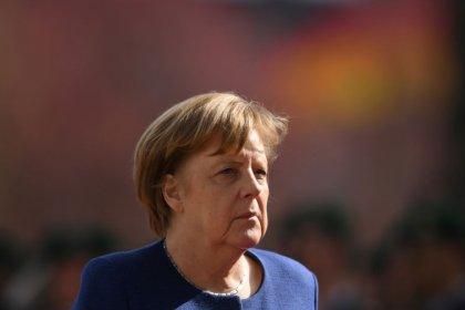 Merkel wirbt für EU-Strategie zur Künstlichen Intelligenz