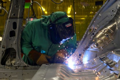 U.S. manufacturing sector slowing as economy loses steam