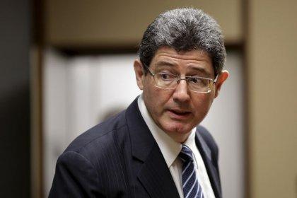 Levy defende ajuste fiscal, diz que Estado ficou pesado para a economia