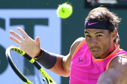 Nadal se retira por lesión antes de enfrentar a Federer en semifinales de Indian Wells