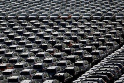 Japanische Exporte fallen dritten Monat in Folge