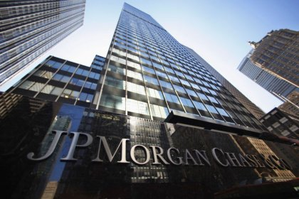 JPMorgan rolls out low-fee, checkless, no-overdraft accounts