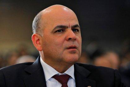 وزير النفط: فنزويلا قد تحول الخام المتجه لأمريكا إلى روسيا