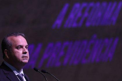 Projeto de Previdência de militares terá reestruturação na carreira, impacto será divulgado na 4ª-feira, diz Marinho