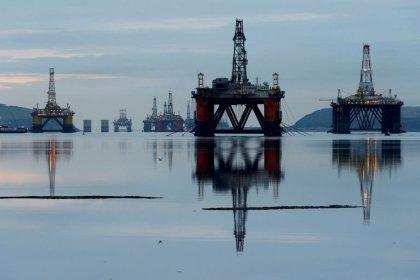 Нефть обновила максимумы 2019 года за счет сокращения добычи ОПЕК+, санкций США