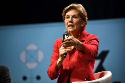 Warren tests 2020 message with black voters in U.S. South