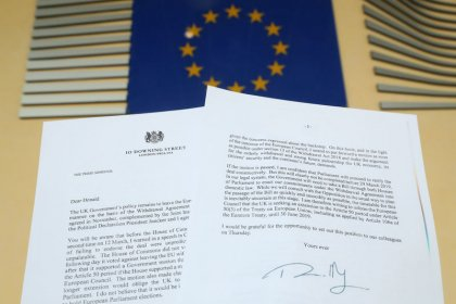 EU ready to grant Brexit delay if UK parliament backs deal