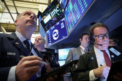 Уолл-стрит в минусе из-за FedEx; в фокусе - итоги заседания ФРС