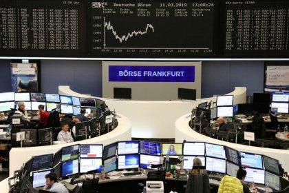 La prórroga del Brexit anima a las bolsas europeas