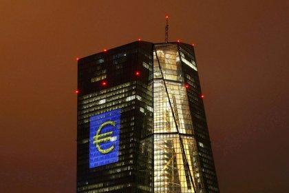Crescimento empresarial da zona do euro fica abaixo das expectativas em março, mostra PMI
