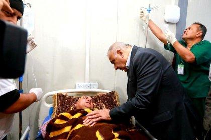 رئيس الوزراء العراقي يسعى لإقالة محافظ نينوى بعد غرق عبارة في الموصل