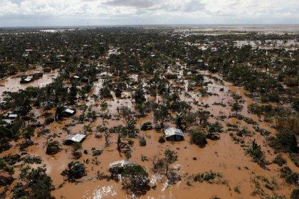 وزير: ارتفاع عدد القتلى من الإعصار إيداي في موزامبيق إلى 417