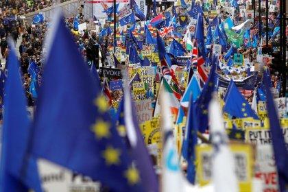 Cientos de miles de manifestantes piden en Londres otro referéndum sobre el Brexit