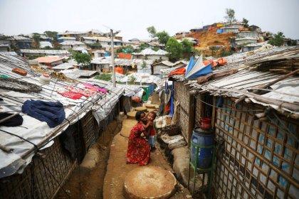 حصري-الأمم المتحدة تخطط لتيسير نقل الروهينجا في بنجلادش إلى جزيرة نائية