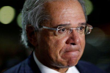 CCJ fecha acordo para ida de Guedes à comissão na próxima 4ª-feira após ausência de ministro