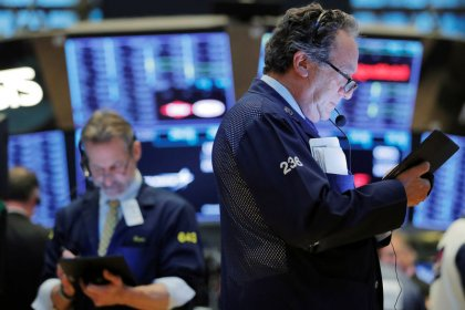 Wall Street inches up on trade optimism but growth worries weigh