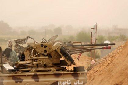 Libysche Rebellen kündigen im Kampf um Tripolis neue Offensive an