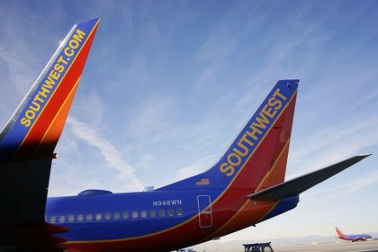 Southwest Airlines' mechanics union accepts contract agreement
