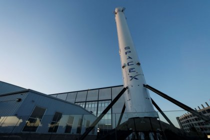 Musk's SpaceX sues U.S. Air Force over rocket-building contracts: filings