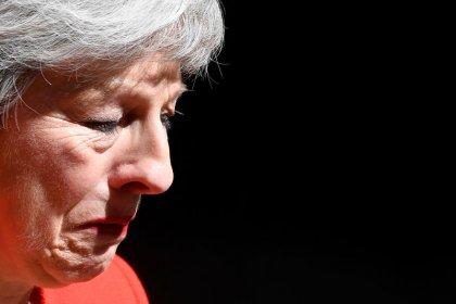 Renúncia de May aumenta risco de Brexit sem acordo, diz Moody's