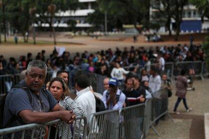 Brasil tem maior geração de empregos para abril em seis anos, supera expectativas