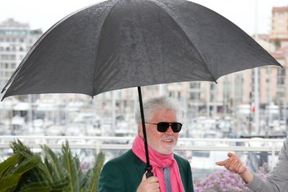 Almodovar and dark comedy 'Parasite' in spotlight as Cannes closes