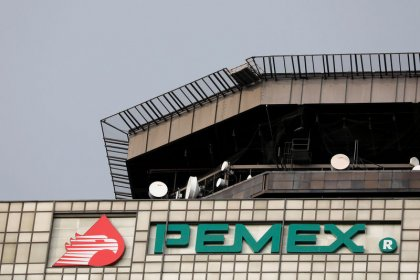Pemex bonds tank after Fitch 'junk' rating, Mexico slams downgrade